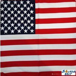 Amerikai zászló mintás kendő