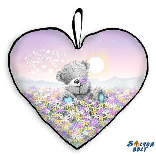 Szív alakú párna, maci virágmezőn, mama