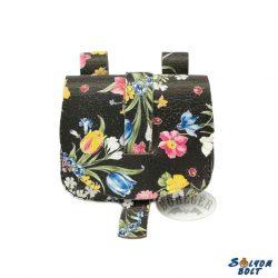 Virágmintás, tarsoly alakú női övtáska, fekete alapon virágok
