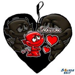 Szív alakú párna, Imádlak, fekete alapon ördög