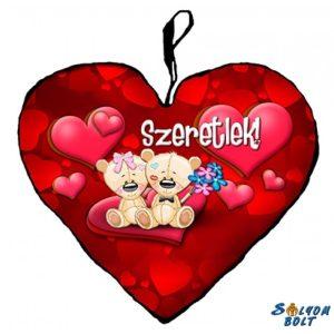 Szív alakú párna, macikák párban, virággal, szeretlek
