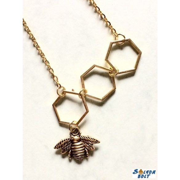 Méhecske nyaklánc, kaptárakkal