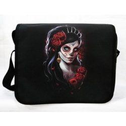 Tetovált arcú nő rózsákkal, gyöngyvászon oldaltáska, válltáska