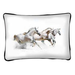 Lovas díszpárna, 3 fehér futó ló