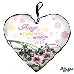 Szív alakú párna, Anyák napja, Anya a család szíve