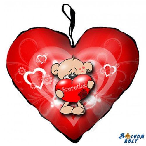 Szív alakú párna, maci piros szívvel, szeretlek