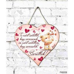 Szív tábla falra, maci és szívek, Te azért születtél, hogy szeressenek, szerelmes ajándék