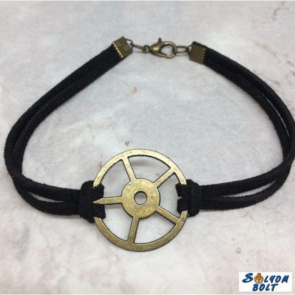 Steampunk karkötő kerékkel, kézműves termék