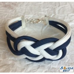 Tengerészcsomós karkötő kék-fehér színben, kézműves termék